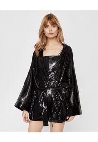 JOANNA MUZYK - Czarne kimono z cekinami Shine. Okazja: na karnawał, na randkę. Kolor: czarny. Materiał: tkanina. Wzór: gładki