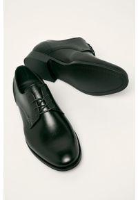 Czarne półbuty Wojas z cholewką, eleganckie, na sznurówki