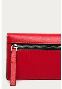Czerwony portfel Calvin Klein