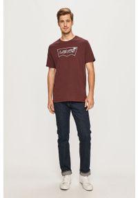 Fioletowy t-shirt Levi's® z okrągłym kołnierzem, z nadrukiem, casualowy, na co dzień