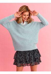 Niebieski sweter TOP SECRET z długim rękawem, na wiosnę