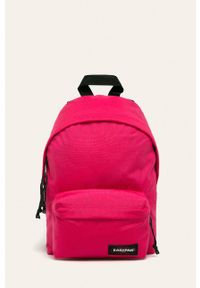 Różowy plecak Eastpak z aplikacjami