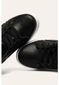 Czarne buty sportowe ANSWEAR z okrągłym noskiem, na sznurówki, z cholewką