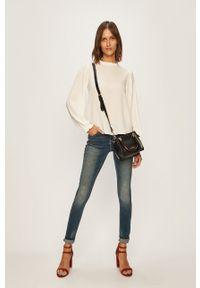 Niebieskie jeansy Jacqueline de Yong