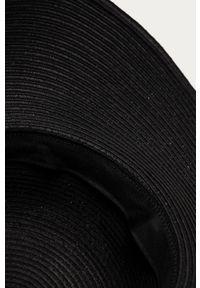 Czarny kapelusz medicine gładki