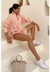 Różowa bluzka IVET na co dzień, casualowa
