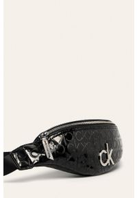 Czarna nerka Calvin Klein