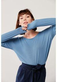 Marie Zélie - Bluzka Dioniza długi rękaw – szaroniebieska. Kolor: niebieski. Materiał: elastan, materiał, wiskoza, tkanina, dzianina. Długość rękawa: długi rękaw. Długość: długie