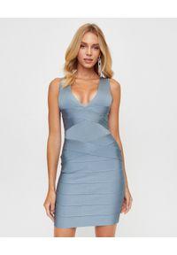 HERVE LEGER - Jasnoniebieska sukienka mini. Kolor: niebieski. Materiał: materiał. Długość rękawa: na ramiączkach. Typ sukienki: dopasowane. Długość: mini