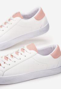 Białe tenisówki Renee