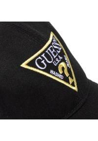 Czarna czapka z daszkiem Guess