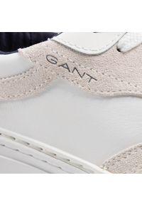 Sneakersy GANT - Mc Julien 22631655 Bright White G290. Okazja: na co dzień, na spacer. Kolor: biały. Materiał: zamsz, skóra. Szerokość cholewki: normalna. Styl: casual, klasyczny, sportowy