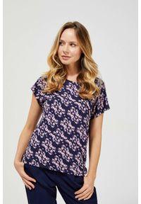 MOODO - Wiskozowy t-shirt z nadrukiem. Materiał: wiskoza. Długość rękawa: krótki rękaw. Długość: krótkie. Wzór: nadruk