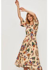 Beżowa sukienka ANSWEAR prosta, z dekoltem typu hiszpanka