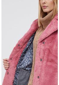 Frieda & Freddies - Płaszcz. Okazja: na co dzień. Kolor: różowy. Styl: klasyczny, casual