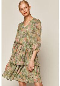 Zielona sukienka medicine na co dzień, casualowa, w kwiaty