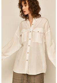 Biała koszula medicine z klasycznym kołnierzykiem, casualowa