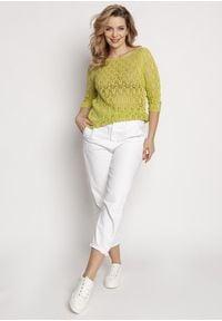 MKM - Krótki Sweterek z Błyszczącą Nitką - Zielony. Kolor: zielony. Materiał: akryl. Długość: krótkie