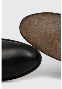 Marella - Kozaki skórzane. Kolor: czarny. Materiał: skóra. Szerokość cholewki: normalna. Obcas: na obcasie. Wysokość obcasa: średni