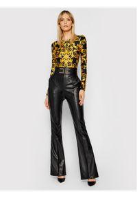 Versace Jeans Couture Body D4HWA606 Żółty Slim Fit. Kolor: żółty