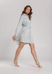 Renee - Błękitna Sukienka Newfalls. Okazja: na co dzień. Kolor: miętowy. Długość rękawa: długi rękaw. Wzór: ażurowy. Typ sukienki: koszulowe, rozkloszowane, szmizjerki. Styl: casual, retro