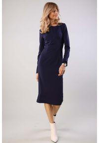Niebieska sukienka Nommo ołówkowa