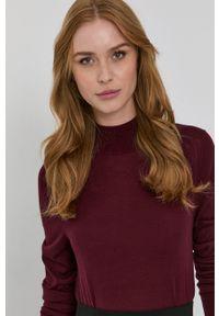 BOSS - Boss - Sweter wełniany. Okazja: na co dzień. Kolor: czerwony. Materiał: wełna. Długość rękawa: długi rękaw. Długość: długie. Styl: casual