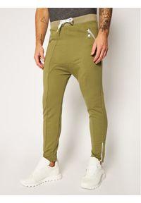Zielone spodnie dresowe Rage Age