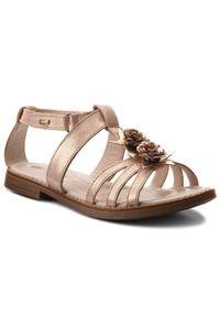 Różowe sandały Lasocki Young na lato, z aplikacjami