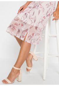 Różowa sukienka bonprix w kwiaty, z dekoltem karo, na lato