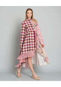 ANJUNA - Wzorzysta sukienka z falbaną. Kolor: czerwony. Materiał: tkanina, bawełna. Długość rękawa: długi rękaw. Wzór: kwiaty. Typ sukienki: asymetryczne. Styl: elegancki
