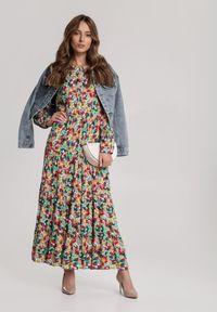 Renee - Biała Sukienka Rhenepea. Kolor: biały. Materiał: tkanina, materiał. Długość rękawa: długi rękaw. Wzór: kwiaty. Sezon: lato. Długość: midi