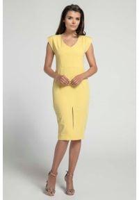 Nommo - Żółta Elegancka Dopasowana Sukienka z Ozdobną Aplikacją. Kolor: żółty. Materiał: wiskoza. Wzór: aplikacja. Styl: elegancki