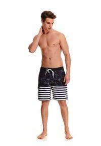 TOP SECRET - Szorty kąpielowe. Okazja: na plażę. Kolor: zielony. Wzór: paski. Sezon: lato. Styl: klasyczny