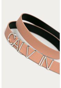 Różowy pasek Calvin Klein
