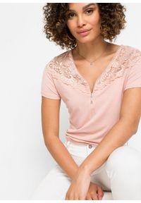 Shirt z koronką i zamkiem bonprix stary jasnoróżowy. Kolor: różowy. Materiał: koronka. Wzór: koronka. Styl: retro