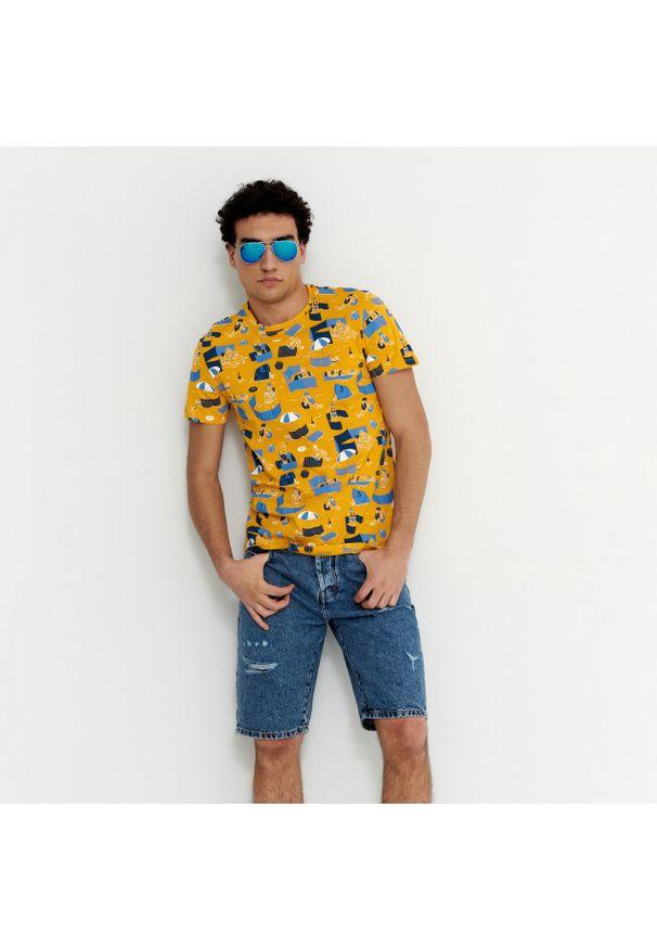 House - Koszulka z plażowym motywem - Żółty. Okazja: na plażę. Kolor: żółty