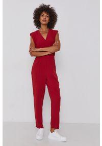 Pepe Jeans - Kombinezon Ketty. Okazja: na co dzień. Kolor: czerwony. Materiał: tkanina. Wzór: gładki. Styl: casual