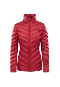 Czerwona kurtka The North Face na zimę, elegancka