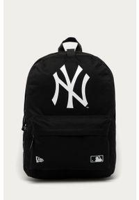 Czarny plecak New Era w paski