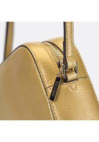 Wittchen - Damska listonoszka skórzana o pudełkowym kroju. Kolor: złoty. Wzór: haft. Dodatki: z haftem. Materiał: skórzane. Styl: elegancki, casual