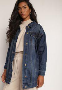 Renee - Granatowa Kurtka Jeansowa Adreaneva. Kolor: niebieski. Materiał: jeans. Długość rękawa: długi rękaw. Długość: długie