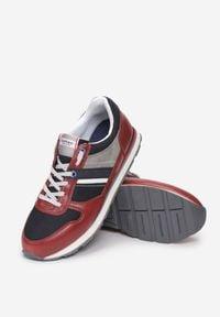 Born2be - Czerwone Buty Sportowe Yathe. Kolor: czerwony