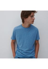 Reserved - Bawełniany t-shirt basic - Niebieski. Kolor: niebieski. Materiał: bawełna