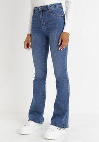 Born2be - Niebieskie Jeansy Dzwony Corrada. Stan: podwyższony. Kolor: niebieski. Długość: długie. Sezon: lato