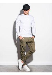 Ombre Clothing - Bluza męska bez kaptura z nadrukiem B1215 - biała - XXL. Typ kołnierza: bez kaptura. Kolor: biały. Materiał: bawełna, poliester. Wzór: nadruk