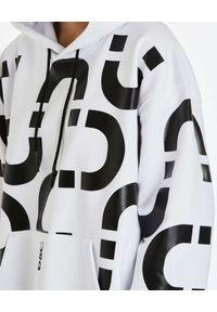 DSG - Biała bluza z kontrastowym nadrukiem Chain. Kolor: biały. Materiał: bawełna. Wzór: nadruk
