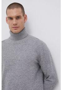 Premium by Jack&Jones - Sweter z domieszką wełny. Okazja: na co dzień. Typ kołnierza: golf. Kolor: szary. Materiał: wełna. Długość rękawa: długi rękaw. Długość: długie. Styl: casual