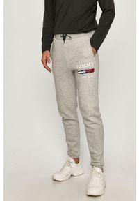 Szare spodnie dresowe Tommy Sport z nadrukiem