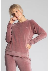 MOE - Pluszowa Bluza Haftem - Różowa. Kolor: różowy. Materiał: bawełna, poliester. Wzór: haft